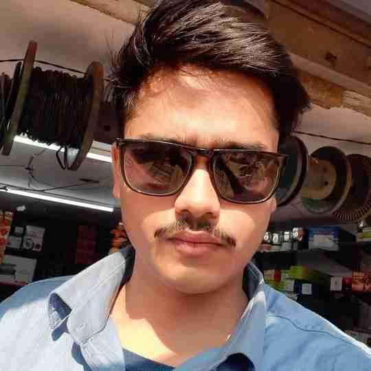 Dr. Daksh Raj's profile on Curofy