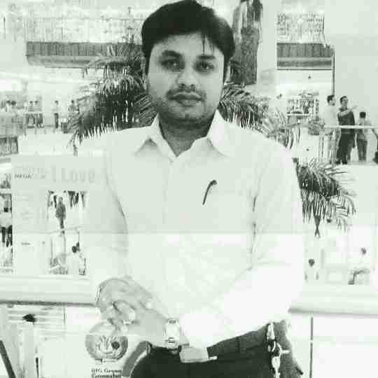 Dr. Pawan Kushwaha's profile on Curofy