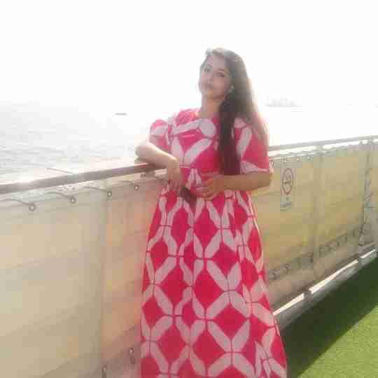 Dr. Aditi Thakur's profile on Curofy