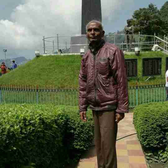 Ezra Gnanamuthu's profile on Curofy
