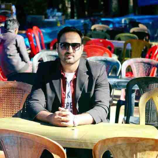 Dr. Aamir Gul Khan's profile on Curofy
