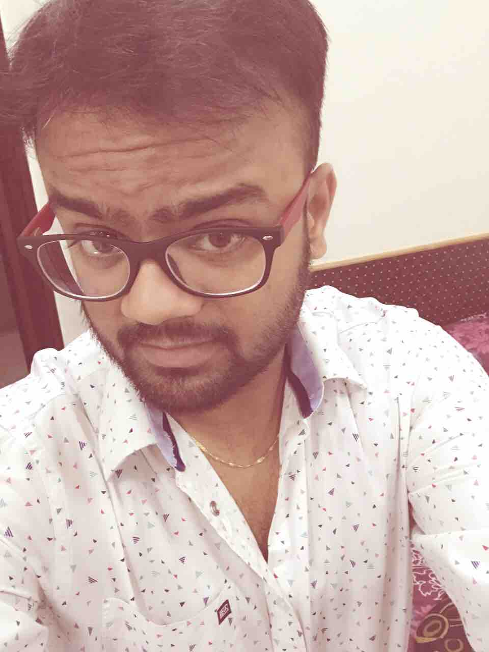 Dr. Abhishek Saran's profile on Curofy