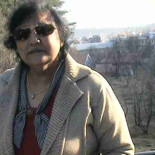 Dr. Snehlata Rewaria's profile on Curofy