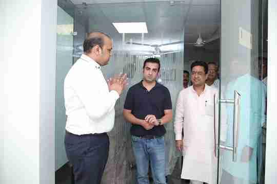 Dr. Utsav Bansal's profile on Curofy