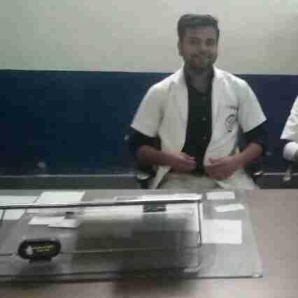 Dr. Akshay Sahu's profile on Curofy