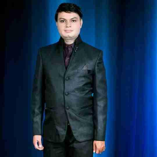 Dr. Gautam Porwal's profile on Curofy