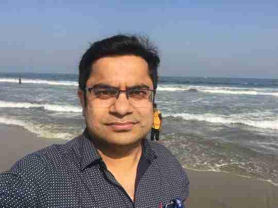 Dr. Vaibhav Saxena's profile on Curofy