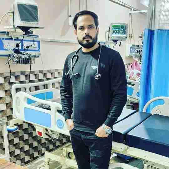 Dr. Akeel Ahmad's profile on Curofy