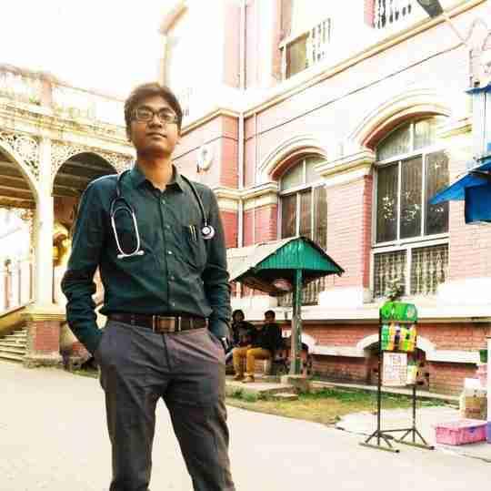 Dr. Shoumik Chowdhary's profile on Curofy