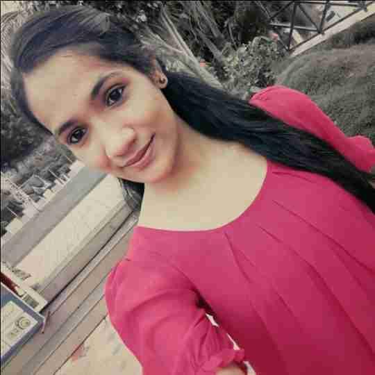 Madhu Upadhyay's profile on Curofy