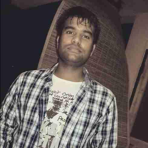 Dr. Gyanesh Kumar Yadav's profile on Curofy