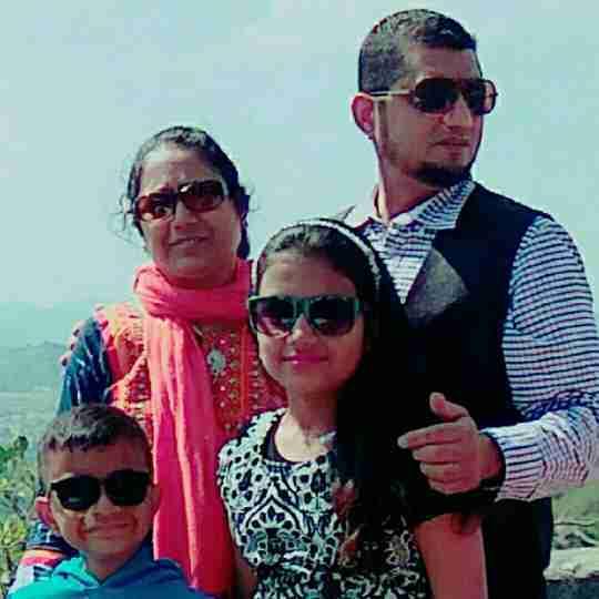 Dr. Sarfraz Patel's profile on Curofy