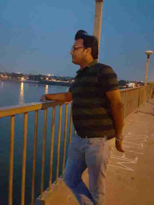 Dr. Santosh Maurya's profile on Curofy
