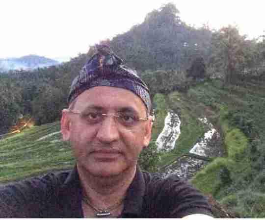 Dr. Ravi Sauhta's profile on Curofy